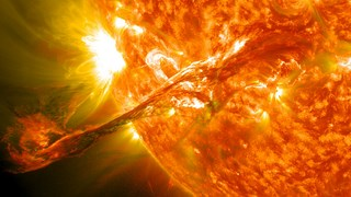Magnificent_CME_Erupts_on_the_Sun_-_August_31 (Copy)